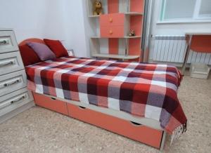 Мебель в детскую комнату 2-8