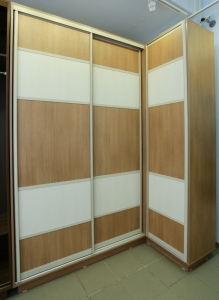 Угловой 3-х ств. шкаф-купе 1850х1200х2400 - магазины мебели .